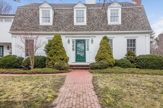 4 Christmas Tree Way, Duxbury, MA 02332