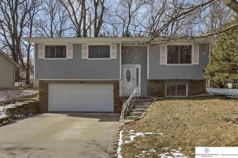 6718 N 65th Ave Omaha NE 68152 Brokered By BHHS Ambassador Real Estate
