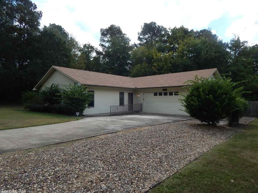 106 Commanche Ct, Hot Springs National Park, AR 71901