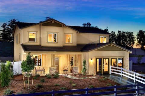 1534 Misty Meadow Ln, San Jacinto, CA 92582