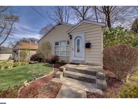 2137 Myrtlewood Ave, Abington, PA 19001