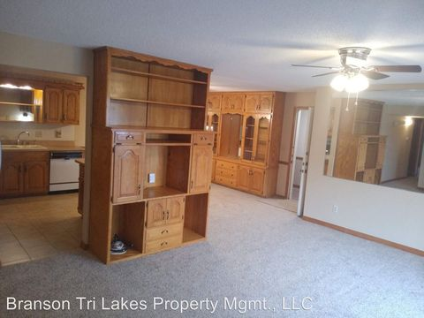 Photo of 170 Wilshire Dr Unit 81, Hollister, MO 65672