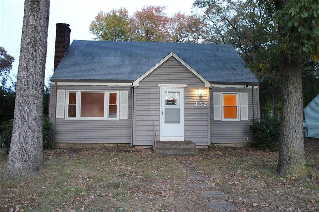 152 Oak St, East Hartford, CT 06118