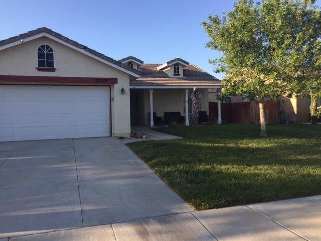 3703 Garnet Ave, Rosamond, CA 93560