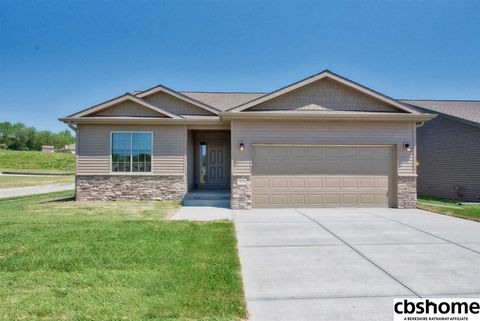 Photo of 20176 Miami Cir, Elkhorn, NE 68022