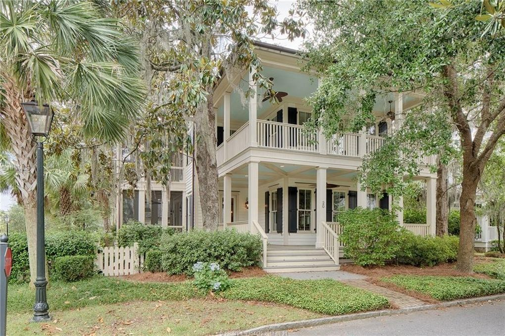 20 S Drayton St, Bluffton, SC 29910 - realtor.com® House Plans With Apartment Above Garage Astbury on