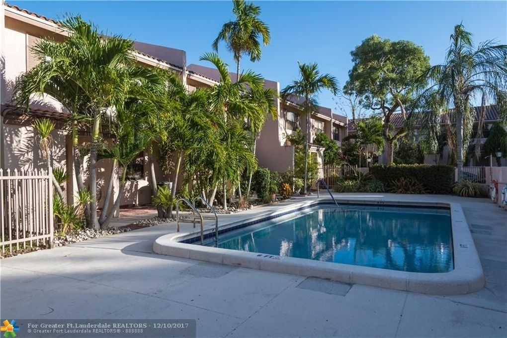 3199 Nw 85th Ave, Coral Springs, FL 33065