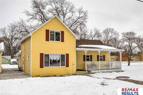Photo of 211 N 11th St, Fort Calhoun, NE 68023