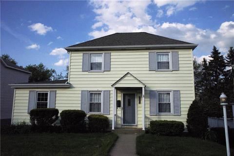 295 Nantucket Dr, Pleasant Hills, PA 15236