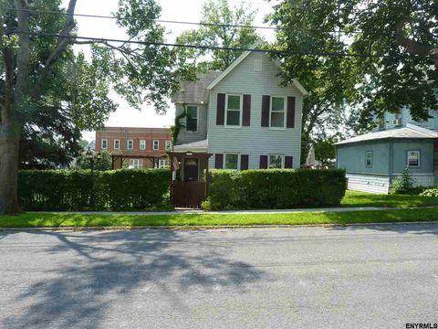 117 James St, Scotia, NY 12302