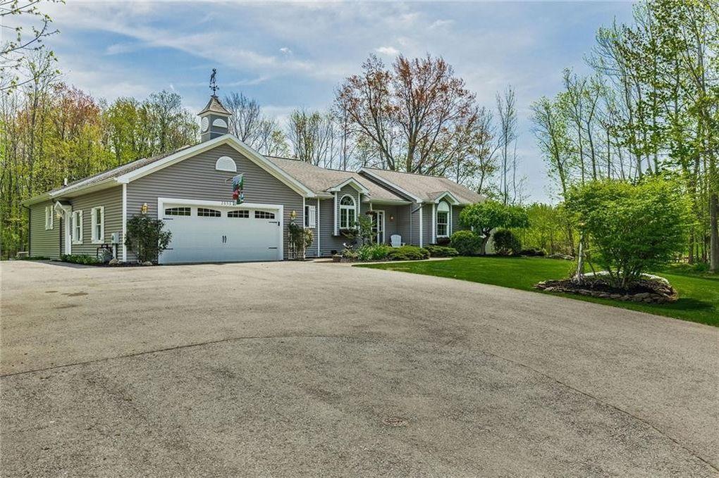 2056 Kenyon Rd, Ontario, NY 14519