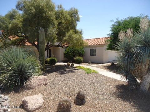13950 N Desert Butte Dr, Oro Valley, AZ 85755