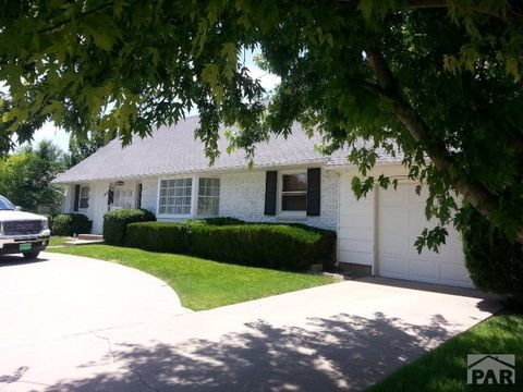 211 Willow Valley Dr, Lamar, CO 81052