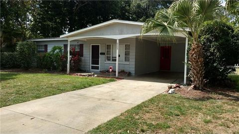 6005 Santa Monica Dr, Tampa, FL 33615