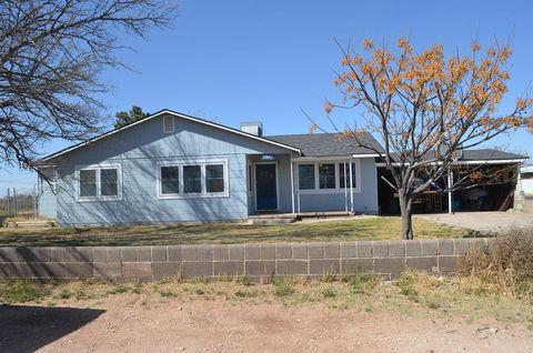 1701 W 45th St, Monahans, TX 79756