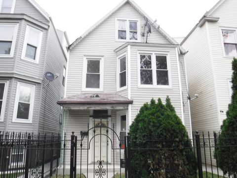 Photo of 2831 N Avers Ave, Chicago, IL 60618