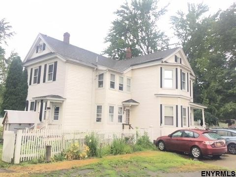 5 Short Sixth St, Waterford, NY 12188