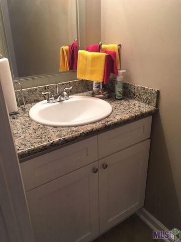 Bathroom Sinks Baton Rouge 1779 boulevard de province apt b, baton rouge, la 70816 - realtor®
