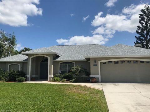 6735 Kestrel Cir, Fort Myers, FL 33966