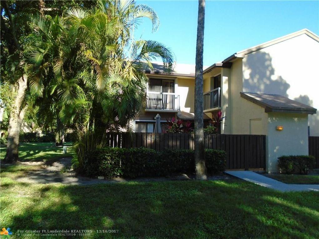 3851 Cocoplum Cir # 35104, Coconut Creek, FL 33063