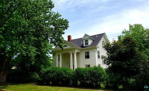 Photo of 2330 E 5th St, Duluth, MN 55812