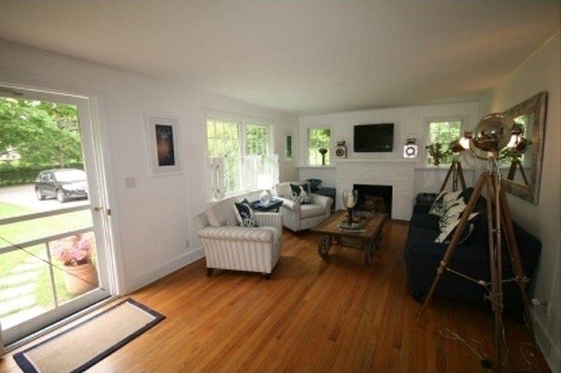 43 Hedges Ln, Amagansett, NY 11930