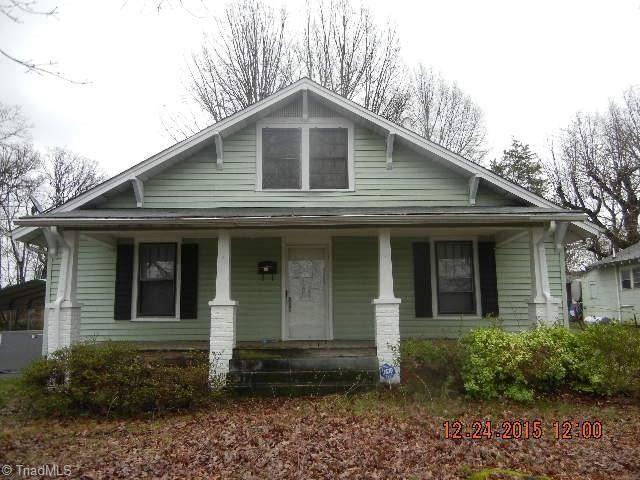 207 White St Thomasville, NC 27360