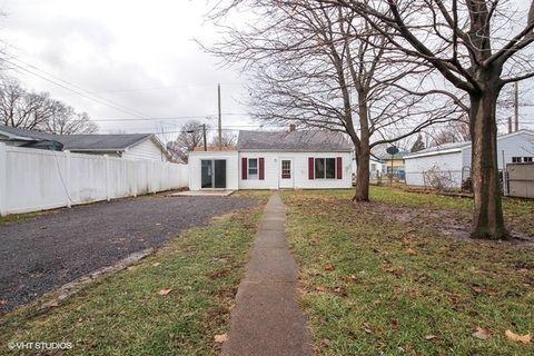 441 N Grand Ave, Bradley, IL 60915