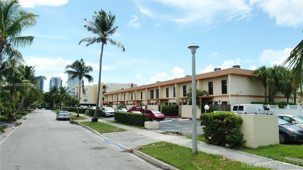 3854 Ne 167th St Unit 3, North Miami Beach, FL 33160
