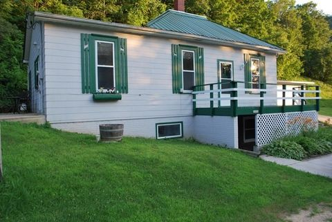 13141 Rock School Rd, Glen Haven, WI 53810