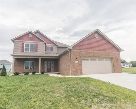 3074 Hickory Ln, Lapel, IN 46051