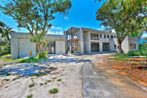 Photo of 12900 Sw 63rd Ave, Pinecrest, FL 33156