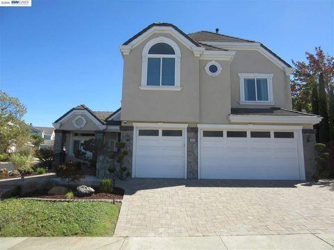 4400 Quicksilver Ct, Hayward, CA 94542