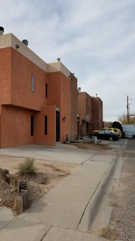 411 Tennessee St Se Apt A, Albuquerque, NM 87108