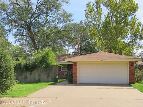 Photo of 2515 60th St, Lubbock, TX 79413