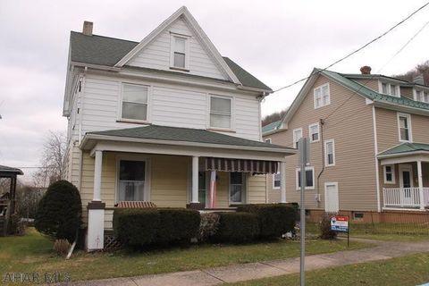 Photo of 118 E 3rd St, Williamsburg, PA 16693