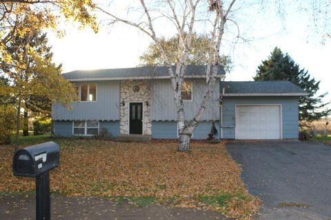 Photo of 363 Peterson Dr, Dresser, WI 54009