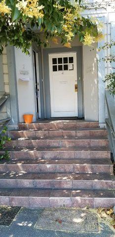 Photo of 415 College Ave Apt 1, Santa Rosa, CA 95401