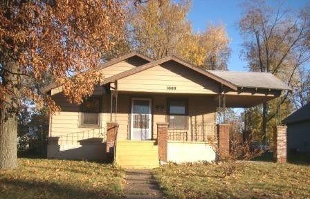Photo of 1009 E Lynn St, Springfield, MO 65802