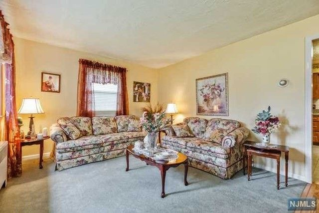 174 Horseneck Rd Fairfield NJ 07004