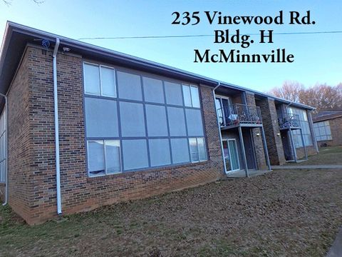 Photo of 235 Vinewood Rd Unit H, McMinnville, TN 37110