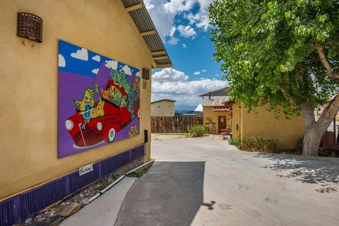 95 County Road 75, Truchas, NM 87578