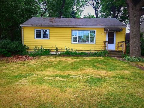 1209 E 39th Pl, Griffith, IN 46319