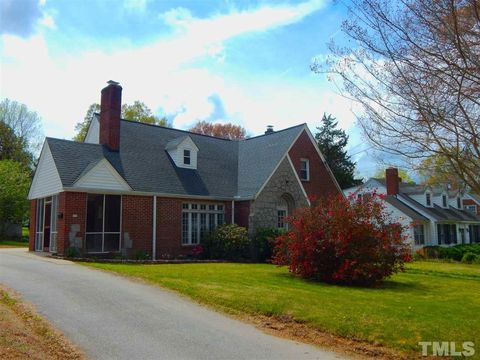 warrenton singles Approximately 3922% of warrenton homes are owned, compared to 347% rented, while 2608% are vacant warrenton real estate listings include condos, townhomes, and single family homes for sale commercial properties are also available.