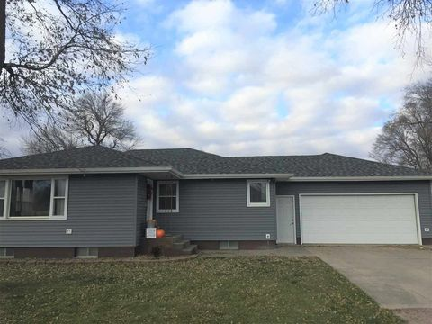 Photo of 401 E Line St, Plainview, NE 68769