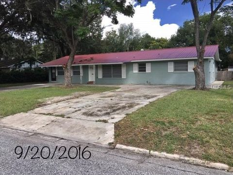 1212 Orange Ave, Tavares, FL 32778