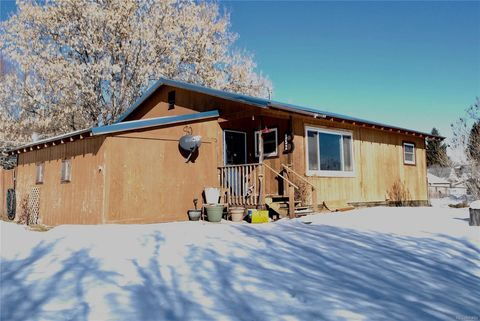 Photo of 852 9th St, Meeker, CO 81641