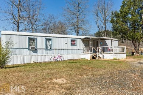 771 Kirk Rd, Franklin, GA 30217