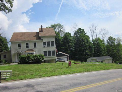 Photo of 20 Pine Tree Rd, Monroe, NY 10950