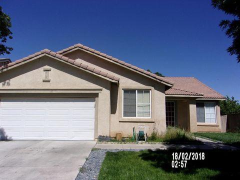 38718 E 37th St, Palmdale, CA 93550